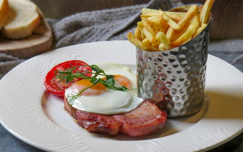 Food at The Carpenters Arms in Thirsk - Bacon Chop & Eggs